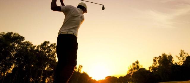 Sådan bliver du godt klædt på til golfbanen